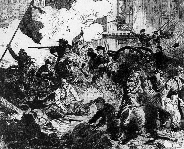 Les femmes se battirent comme jamais lors de la Commune, c'est même elles qui récupérèrent les canons de Montmarte. Pour les en remercier, on les fusilla à tour de bras et on les raya de l'Histoire.